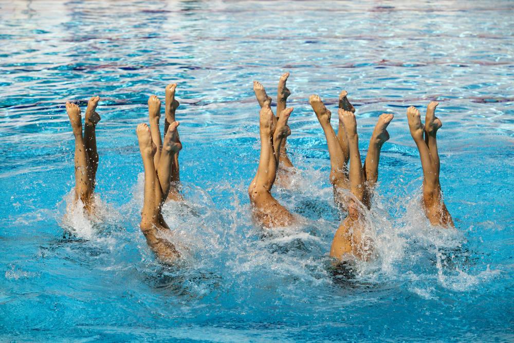 Natación sincronizada, espectáculo en el agua